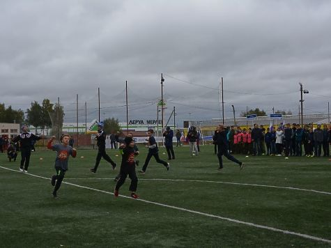 Сегодня раскрываются областные состязания помини-футболу среди школьников