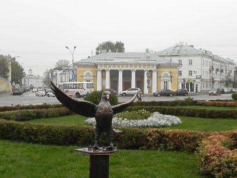 Изцентра Костромы украли статуэтку бронзового голубя