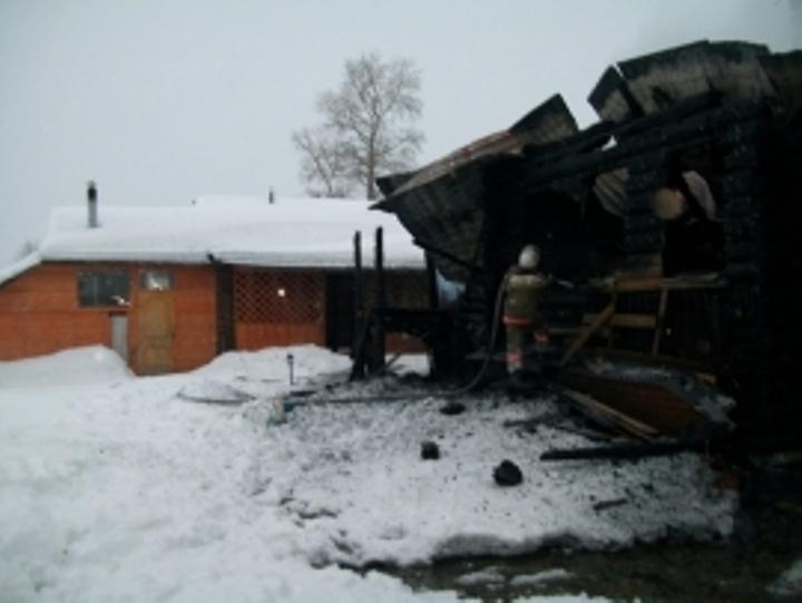 Зампрокурора с 2-мя детьми сгорел при пожаре вКостромской области