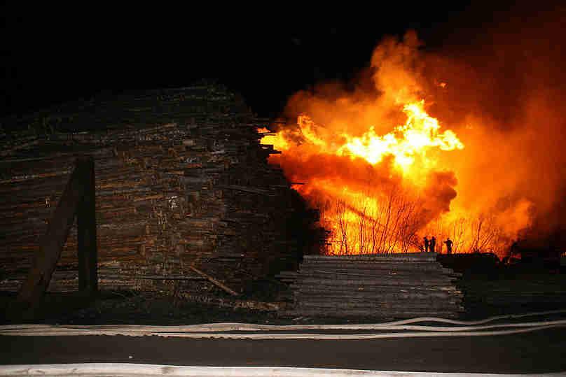 Под Костромой произошел пожар в пилоцехе , фото-1